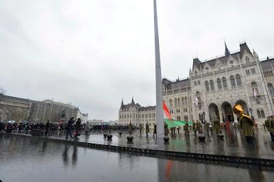 zászlófelvonás, Kossuth tér, Áder János, 1848-49-es forradalom és szabadságharc, Budapest, Országháza,