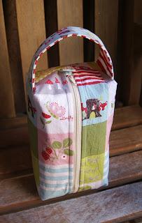 Fox Hollow Box Bag at Fabric Mutt