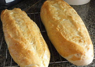 Crusty Italian Bread – Easy, Inexpensive And Extremely Delicious