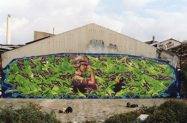 "Fresques ""LBD"" - Dem189 et Seth  ""Livin' Bagdad Destroy"" - ""Liberty BonDage"""