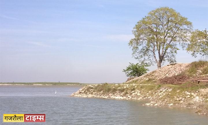 water in river ganga flood