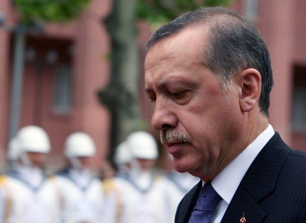 Τα ερωτήματα για την αλλαγή πλεύσης Ερντογάν