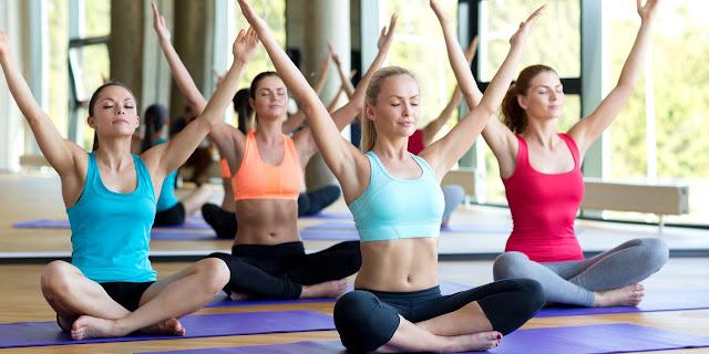 Tại sao nên đến lớp yoga đúng giờ