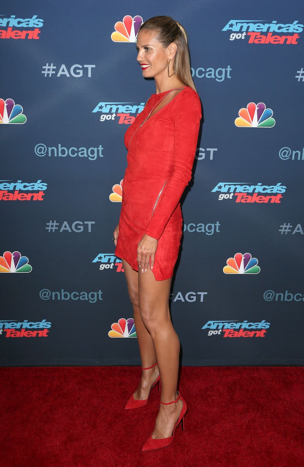 HD Photos of Heidi Klum at America's Got Talent Season 11 Llive Show in Hollywood