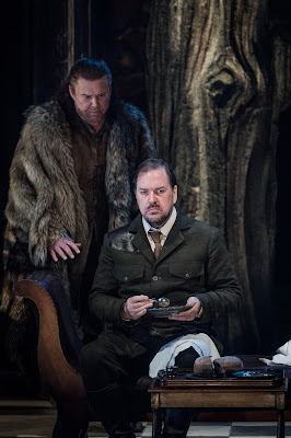 Grange Park Opera - Wagner: Die Walkure - Bryan Register, Alan Ewing (credit: Robert Workman)