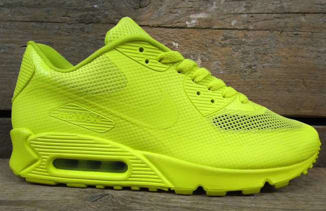 f6be4671e473 Nike Air Max 90 Hyperfuse Black Volt Yellow