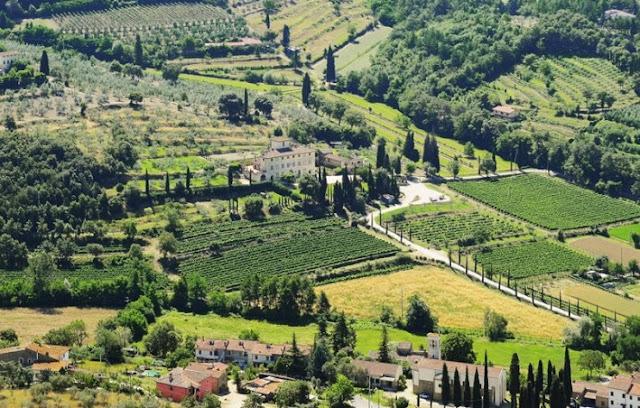 Vista de cima da Villa La Ripa em Arezzo