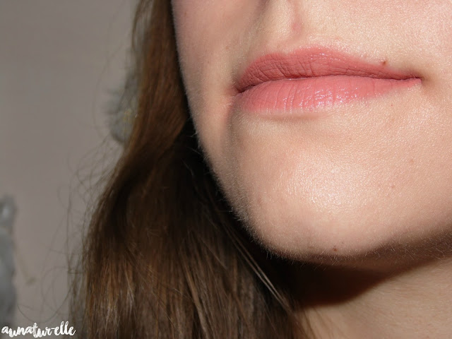 swatch ultra HD matte lipcolor Revlon, seduction