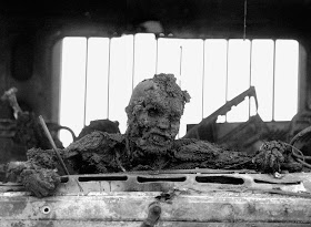Death of an Iraqi soldier, Highway of Death, April 1991.