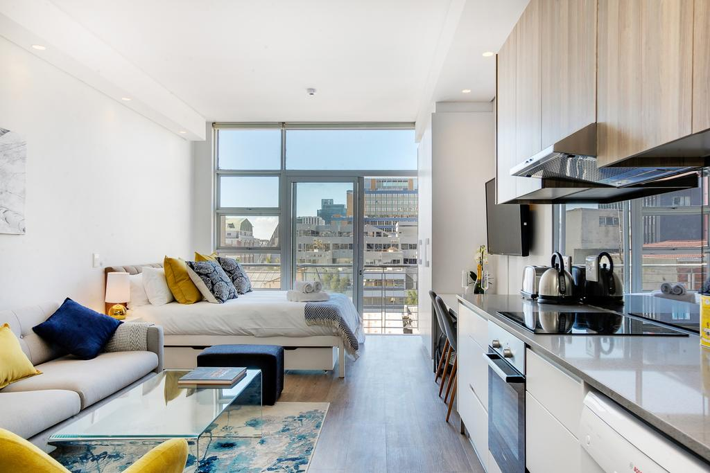 pequeño apartamento muy luminoso
