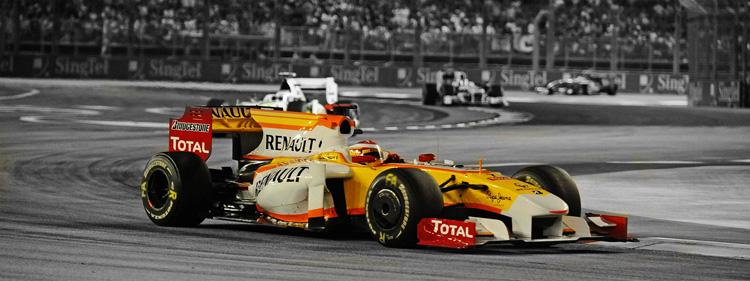 Fernando Alonso con Renault en Singapur 2009