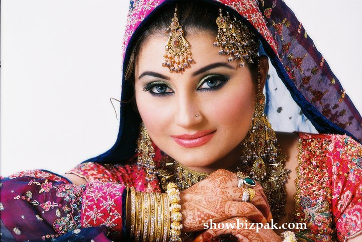 Pakistani Showbiz : Javeria and Saud Wedding Pictures