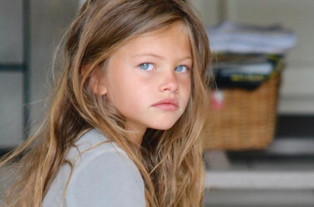هل تذكرون أجمل طفلة في العالم؟.. شاهدوا كيف أصبحت بعد 10 سنوات!