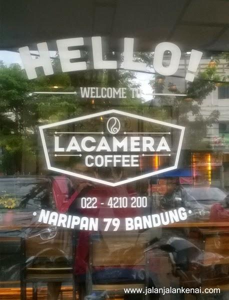 Santai Sejenak di Lacamera Coffee, Bandung
