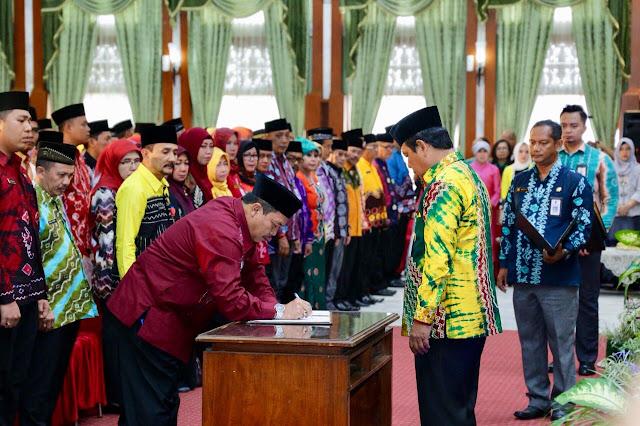 Gubernur Kalsel Kembali Lantik Pejabat Pemprov