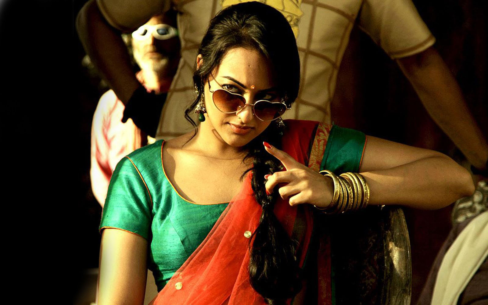Sonakshi Sinha Wallpapers  Naughty French-4696