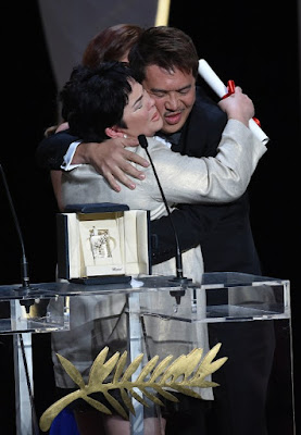 Jaclyn thanking 'Ma Rosa' director Brillante Mendoza