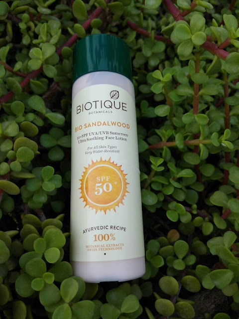 Biotique Botanicals Bio Sandalwood Sunscreen Review