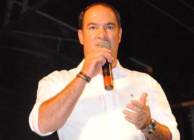 Resultado de imagem para imagem de dr thiago prefeito de carnaubais
