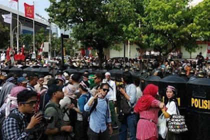 Siap Tampung Pendemo, Pengurus Masjid di Tebet Ditangkap Polisi