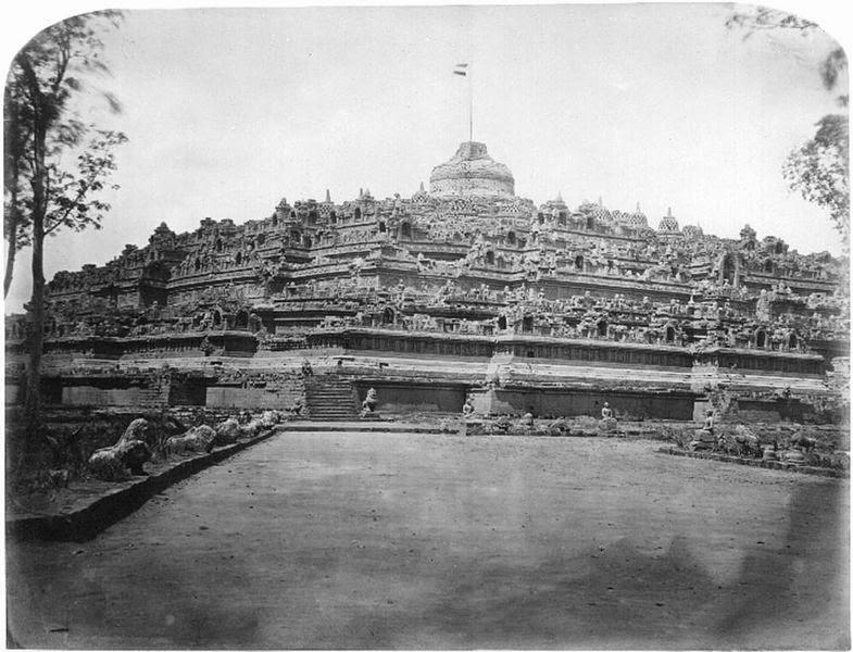 Sejarah Candi Borobudur - Foto Gambar Candi Borobudur oleh Van Kinsbergen