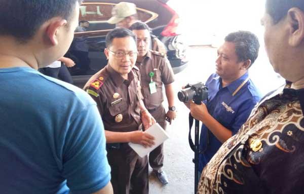 kejari indramayu koordinasi dengan inspektorat tangani dana desa