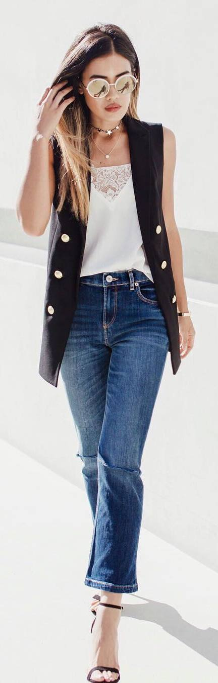 fashion trends: cape + top + jeans
