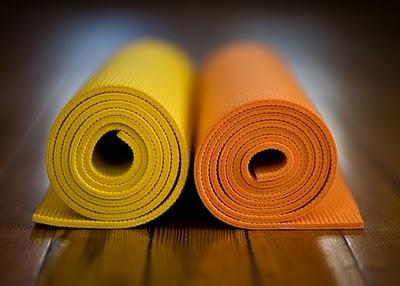 6a06bce3f Ashtanga Pitanga Yoga Shala  Yoga Mat - Limpando seu tapete de prática!