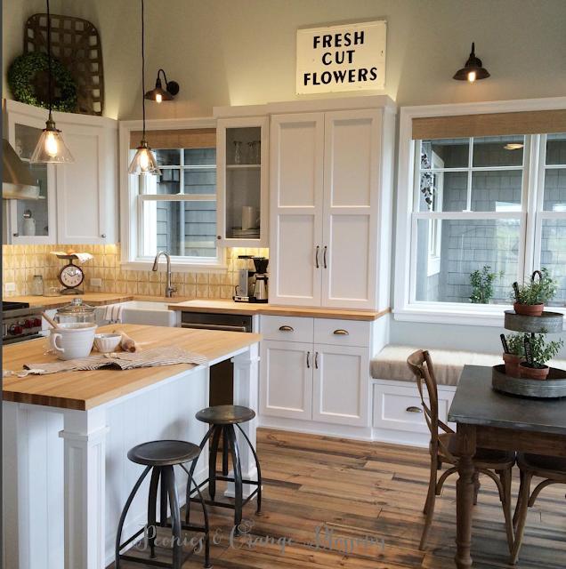 Touring a French farmhouse - kitchen with farmhouse touches