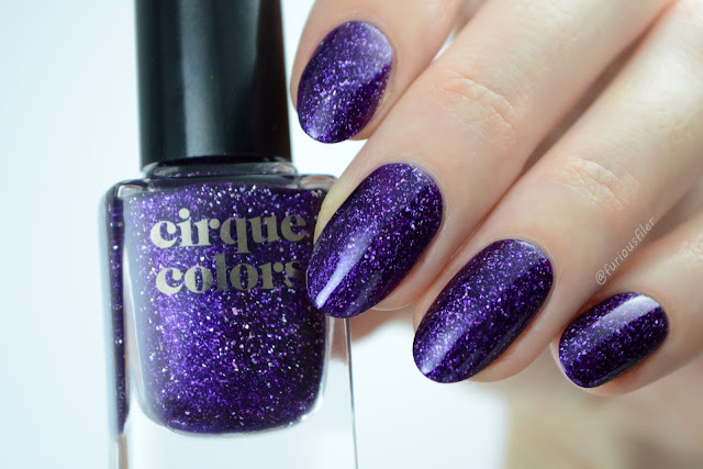kawaii cirque colors qt kitty swatch purple holographic flakes