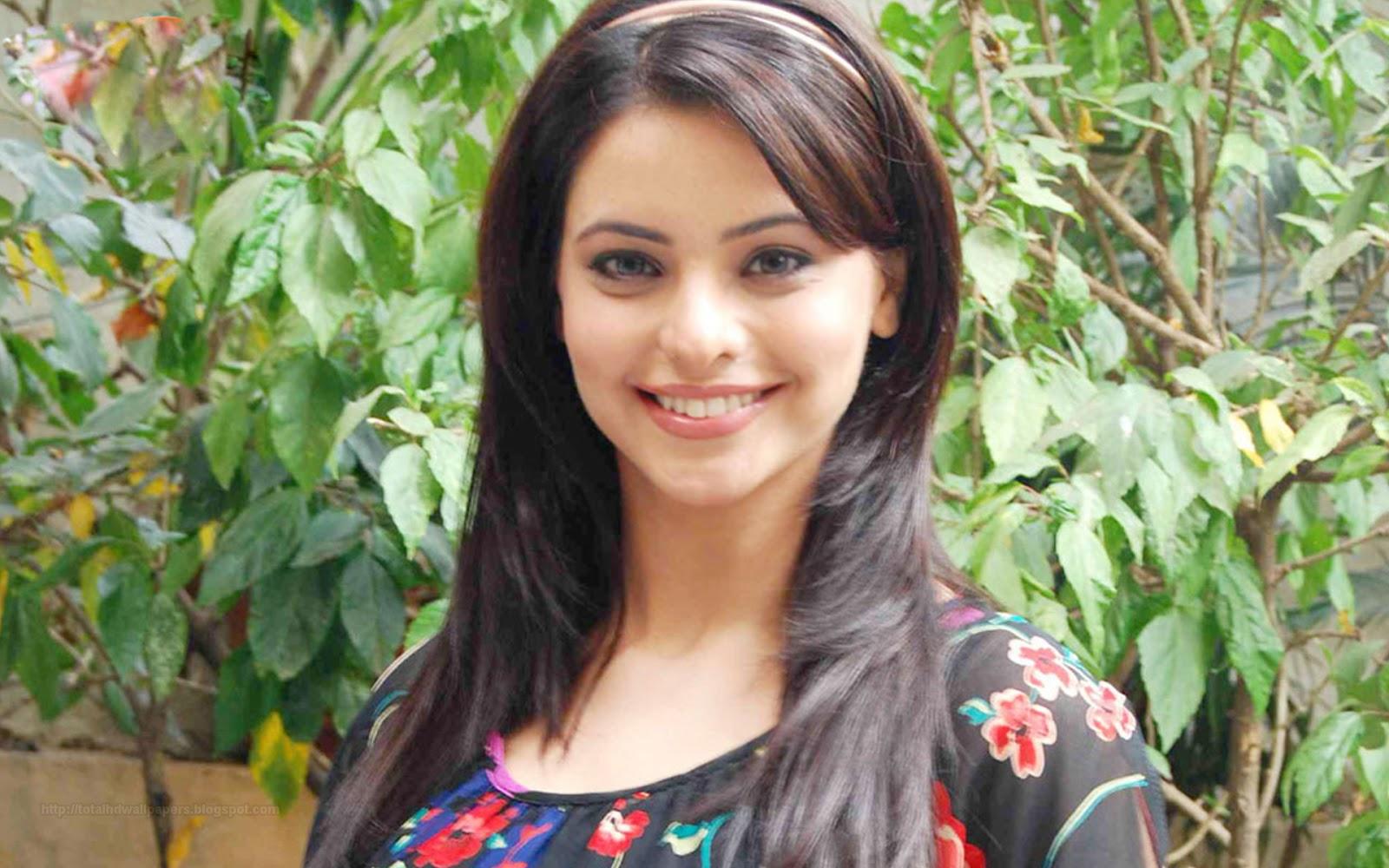Simple Girl Wallpaper Pakistani Hd Wallpapers Bollywood Actress Hd Wallpapers 1080p