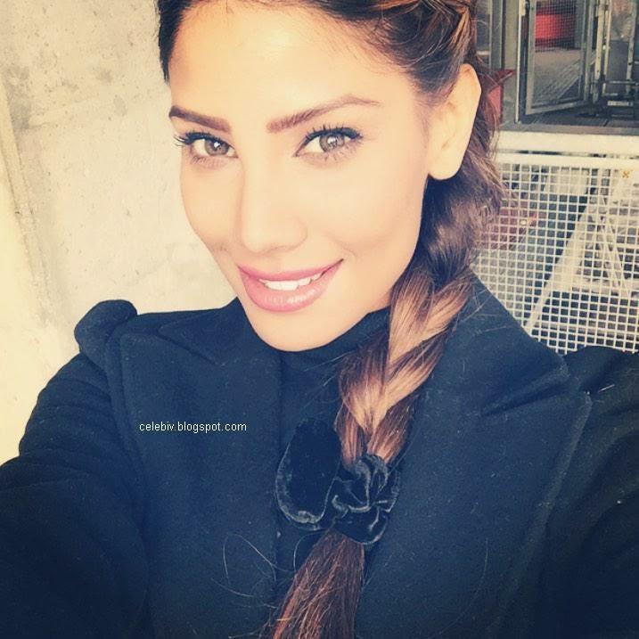 nicole faria sweet smile