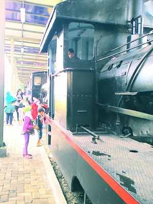 Menikmati Pagi di Museum Kereta Api Ambarawa.