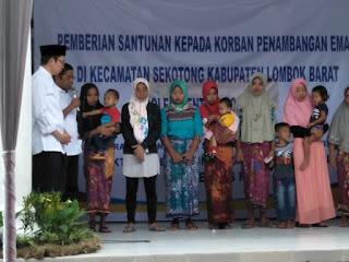 <b>Kunjungi Korban Tambang Sekotong, Mensos RI Salurkan Sejumlah Bantuan</b>