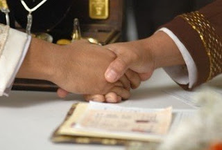 Suami Nikahi Perawan Dengan Wali Hakim