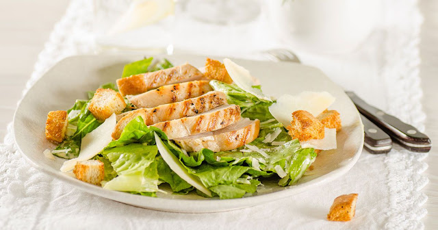 Caesar salata tarifi