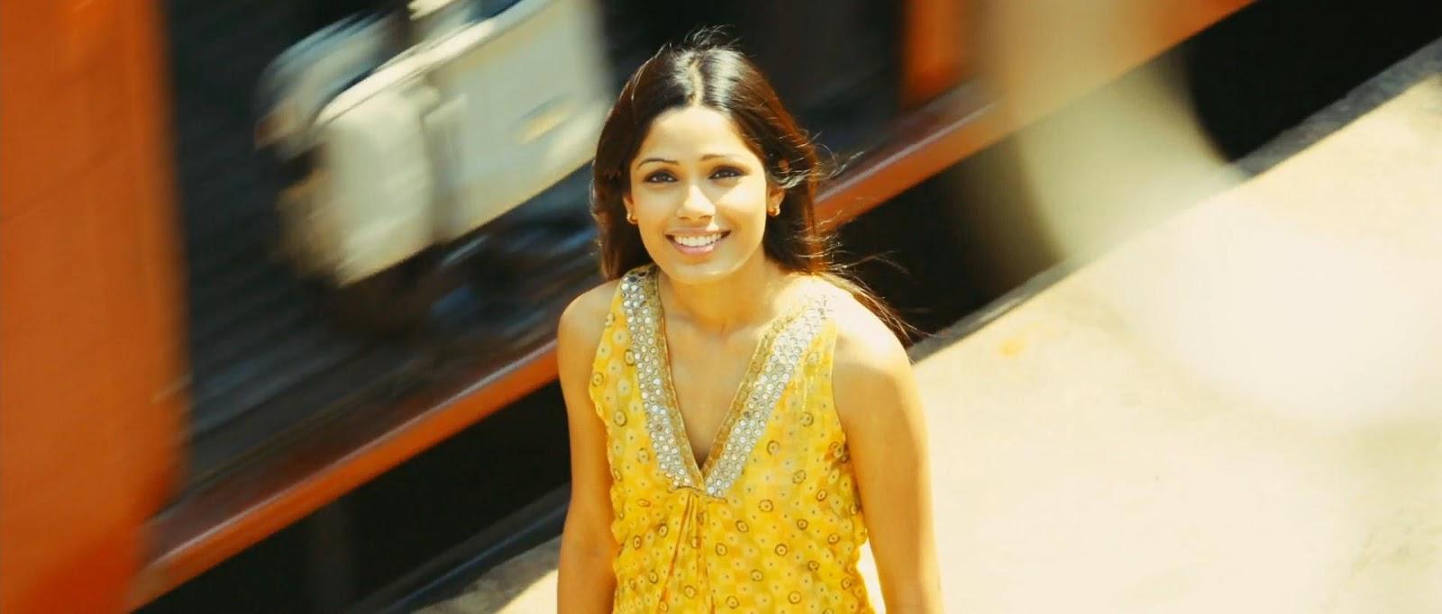 Slumdog Millionaire (2008) 2