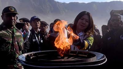 Torch Relay dibawa ke Gunung Bromo, Jawa Timur
