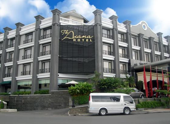 Lowongan Kerja The Axana Hotel - Padang
