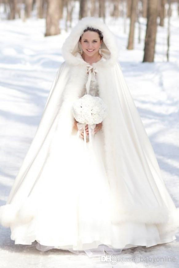 Plus Size Winter Wedding Dresses With Sleeves