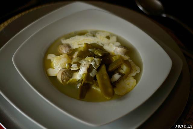 sopa-de-Luxemburgo-con-salchichas-nata-y-verduras