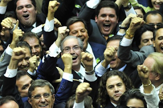 Eduardo Cunha poderá assumir presidência em junho