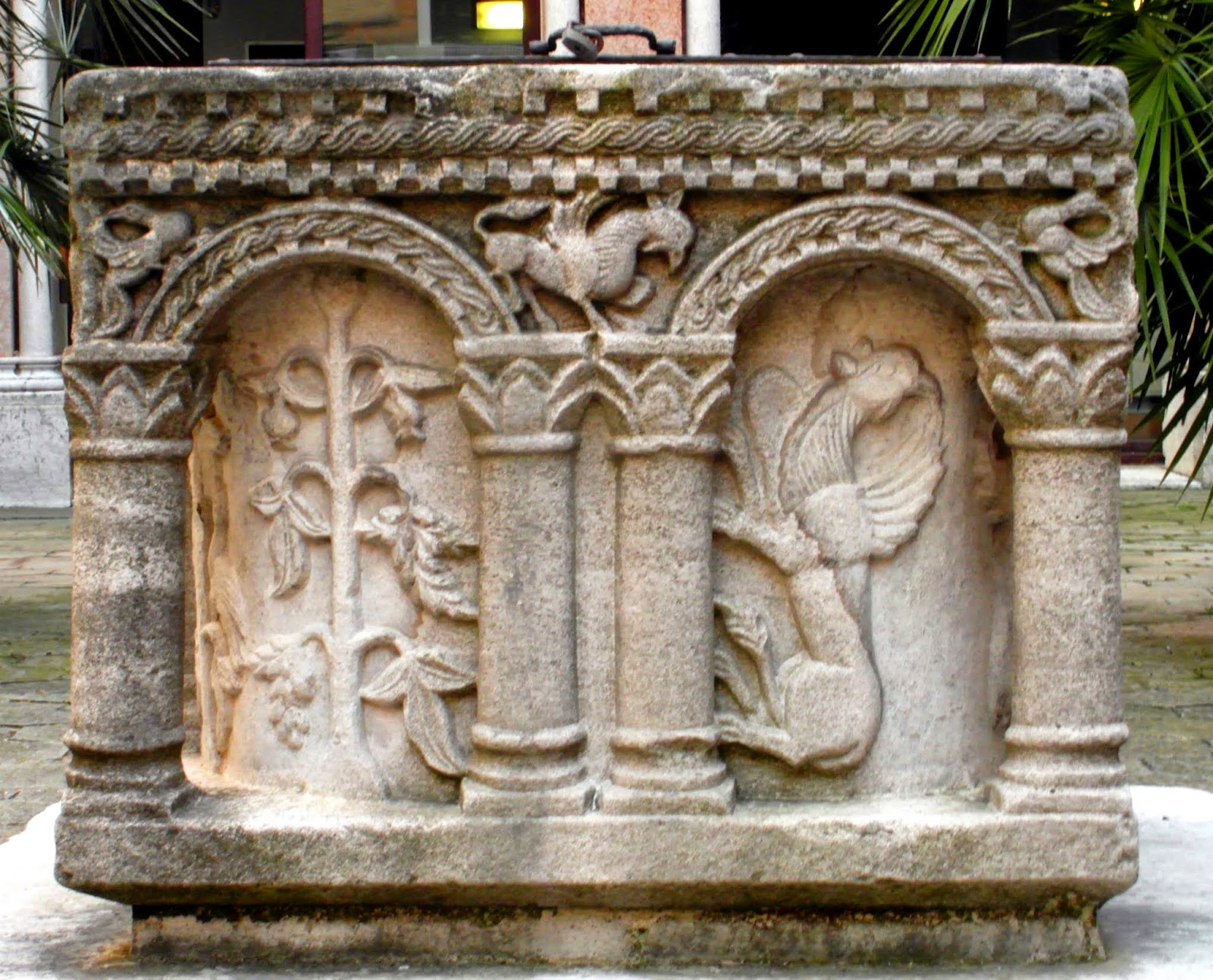 Fondaco dei Turchi (Natural History Museum), 11th century. One of the oldest surviving well-heads in Venice.