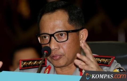 Pulang dari Haji Kapolri Tito Menyatakan tak Perlu Ada Aksi-aksi Merespons Rohingya, Netizen: Istighfar Pak..