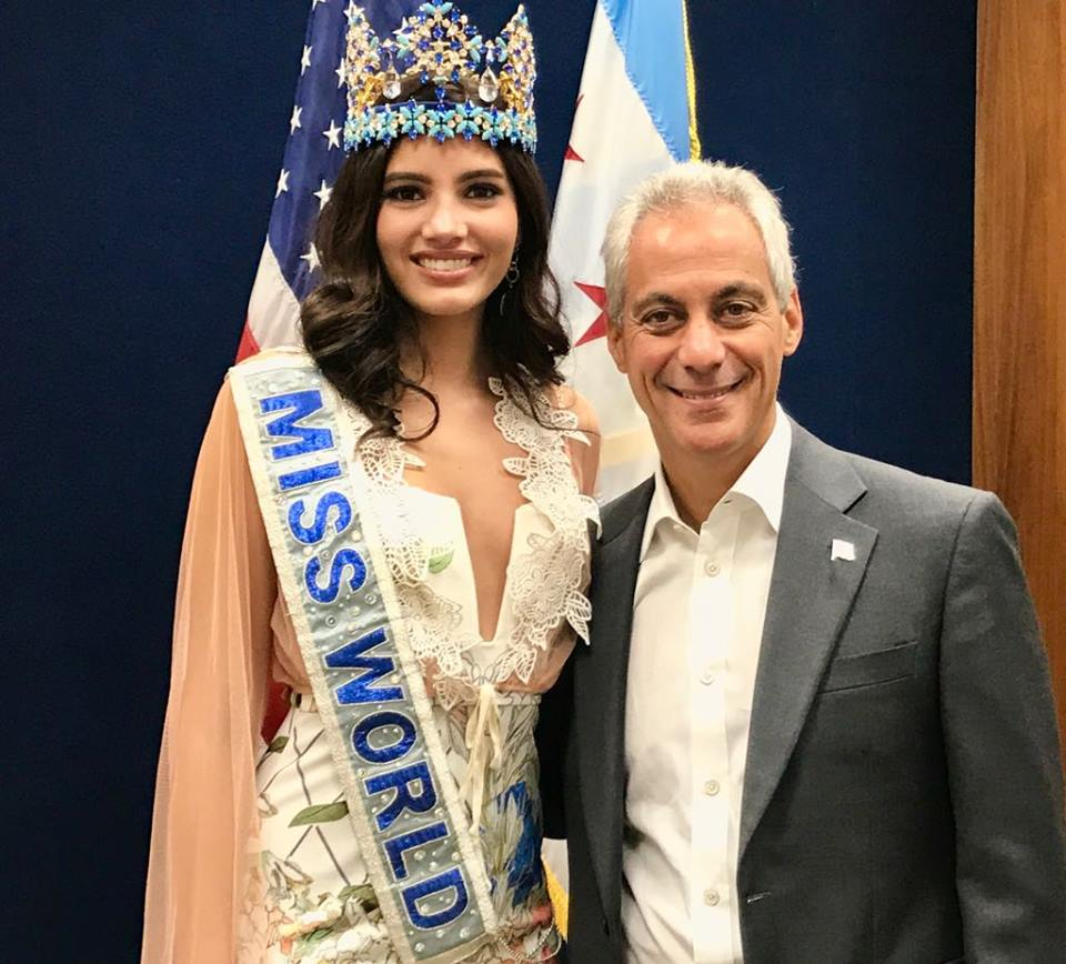 Mayor of chicago takes time to meet with miss world 2016 stephanie mayor of chicago met with miss world 2016 stephanie del valle celebrity news m4hsunfo