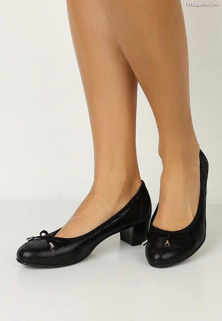 deeb7af84e Más de 59 Zapatos de Moda Actual para Mujeres  Propuestas de ...