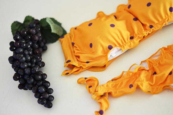 bikini giallo pois viola