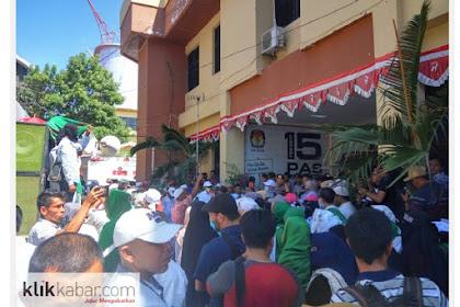 Jikawai Le Peulisi, FPI Aceh Demo KIP: Bek Peukureung Suara Prabowo!