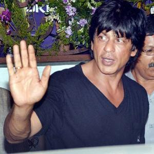 shahrukh clear hand image for palmistry