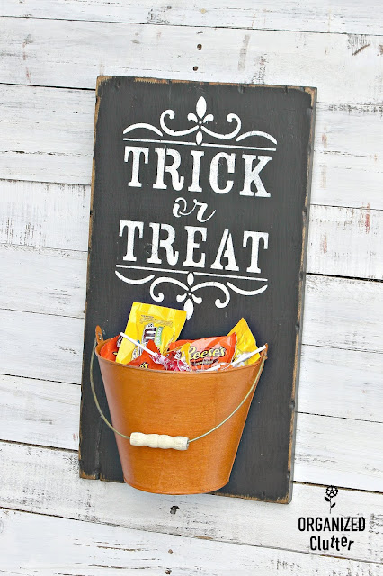 Upcycled Items As DIY Halloween Decor #stencil #Halloween #upcycle